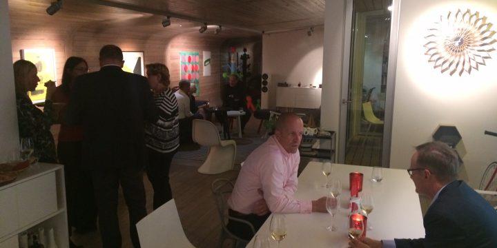 Dinner party na hausbótu